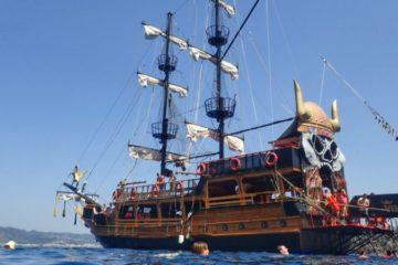 Barco pirata en Marmaris
